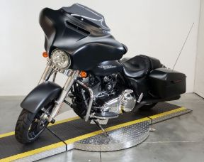 2014 HARLEY FLHX  - Touring Street Glide<sup>®</sup>