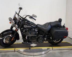 2018 HARLEY FLHCS - Softail Heritage Classic 114