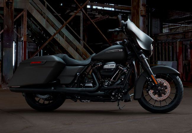 2019 Harley-Davidson FLHXS Street Glide<sup>®</sup> Special