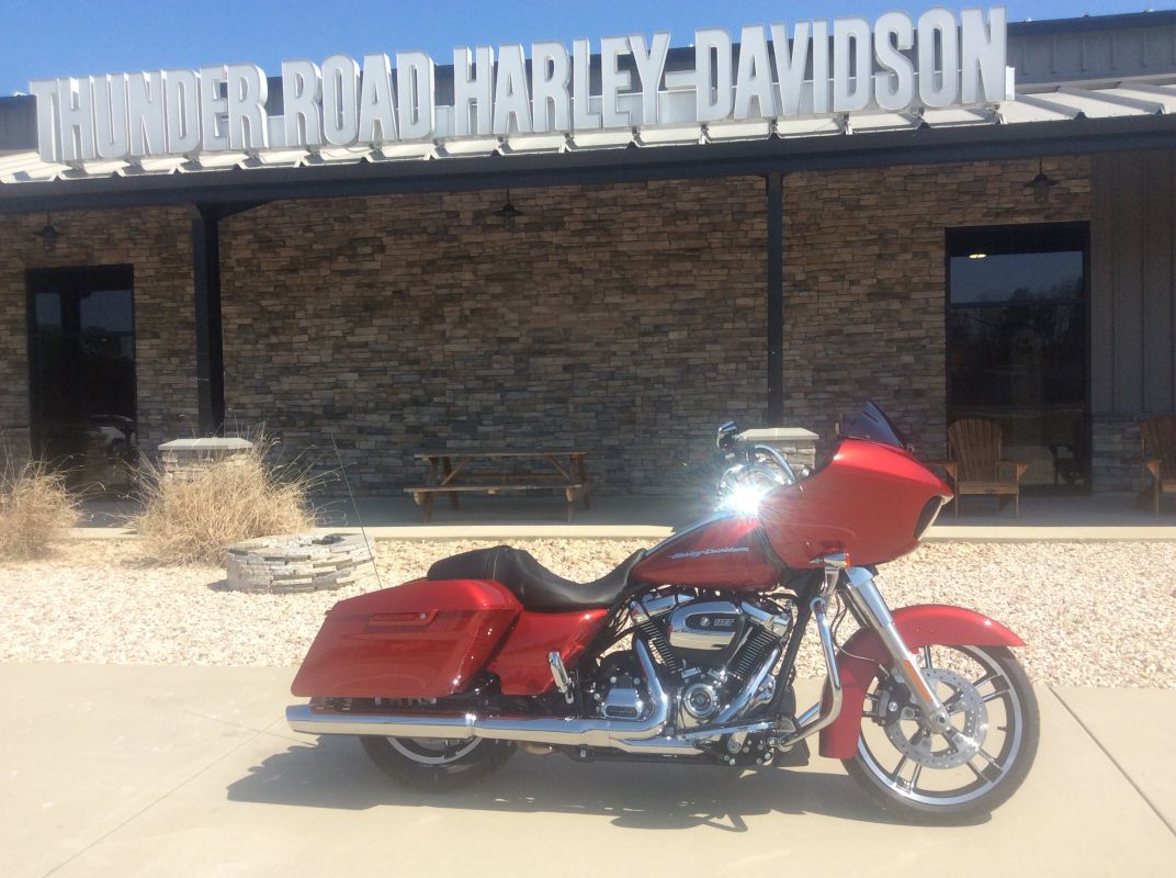 Road Glide® | 2019 Motorcycles | Thunder Road Harley-Davidson®