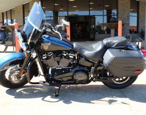 2018 Harley-Davidson FLHCS SOFTAIL HERITAGE