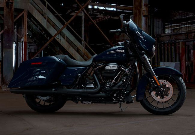 2019 HARLEY FLHXS - Touring Street Glide<sup>®</sup> Special