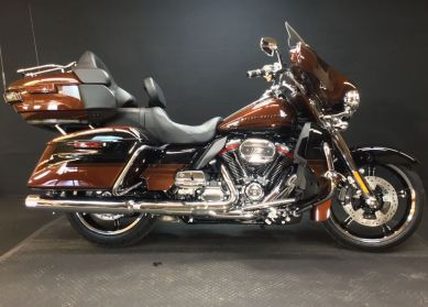 2019 HARLEY TOURING FLHTKSE - CVO CVO<sup>™</sup> Limited