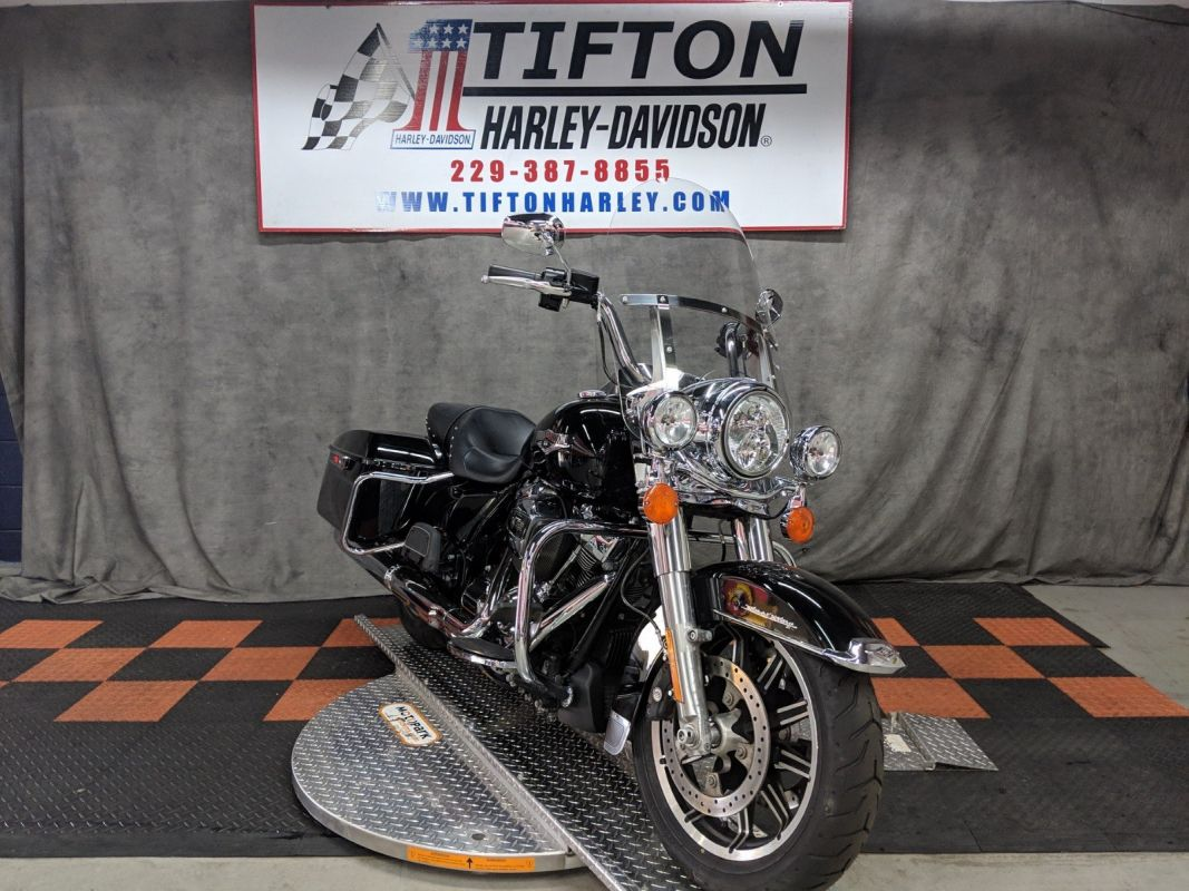 2018 HD FLHR - Touring Road King