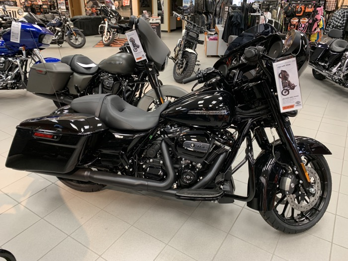 2019 HD FLHXS - Touring Street Glide<sup>®</sup> Special
