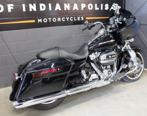 2017 FLTRXS Road Glide Special