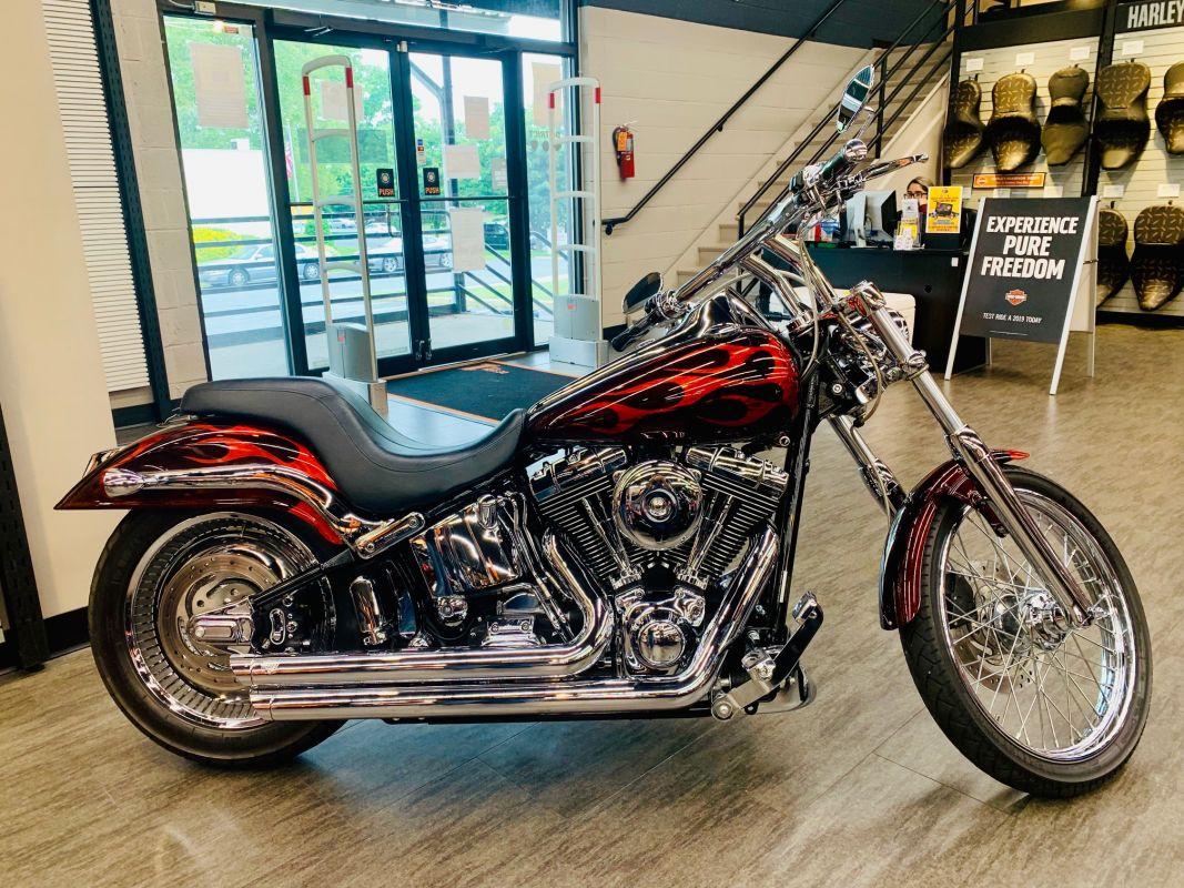 2004 Harley-Davidson® FXSTDI Softail Deuce