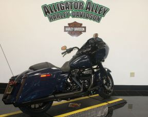 2019 HD FLTRXS - Touring Road Glide<sup>®</sup> Special