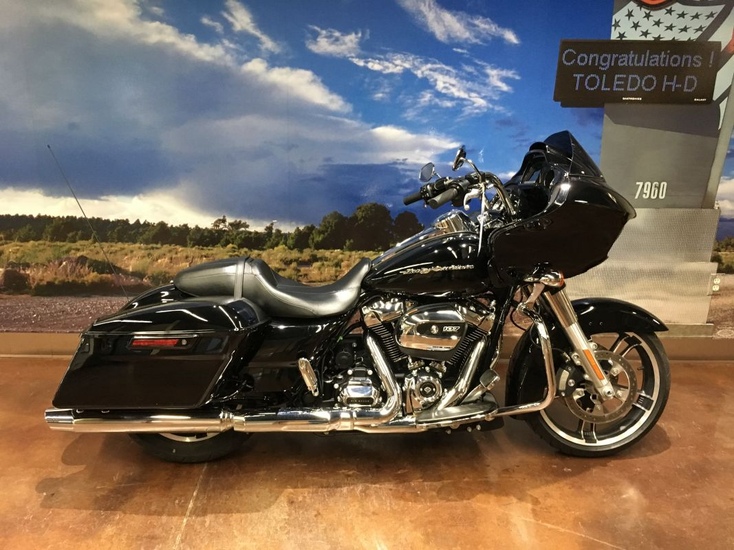 2017 HD ROAD GLIDE SPECIAL