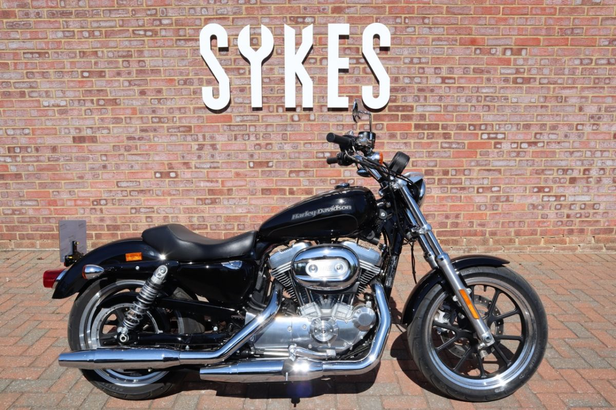 2018 XL883L Sportster SuperLow in Vivid Black, Low miles