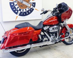 2019 Road Glide in Wicked Red