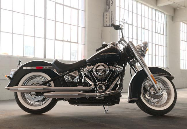 2019 Harley-Davidson FLDE Softail Deluxe