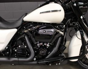 2019 FLHRXS Road King Special