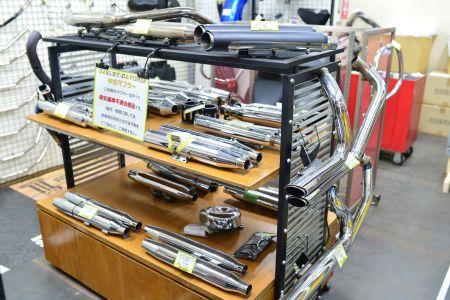 HD中古パーツの取り扱いを始めました!当店2FにUバイクパーツ青葉店がオープンしました!!