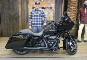 Martins new Road Glide Special!