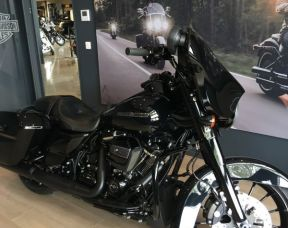 HARLEY DAVDISON 2018 Street Glide Special