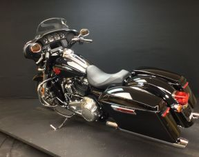 2019 HARLEY TOURING FLHT - Touring Electra Glide® Standard