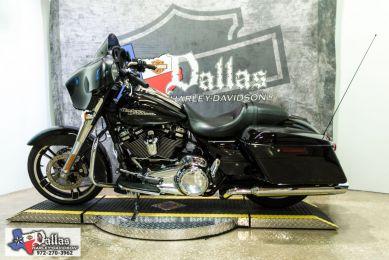 2018 HARLEY-DAVIDSON FLHX - Touring Street Glide<sup>®</sup>