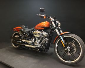 2019 HARLEY SOFTAIL FXBRS - Softail Breakout<sup>®</sup> 114