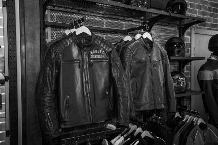Cпециальное предложение на ассортимент одежды в салоне Harley-Davidson Samara!