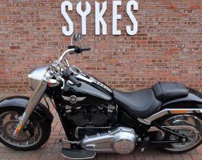 2018 Harley-Davidson FLFB Softail Fat Boy, in Vivid Black