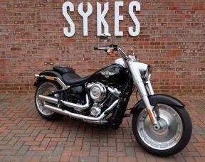 2018 Harley-Davidson FLFB Softail 107 Fat Boy, in Vivid Black