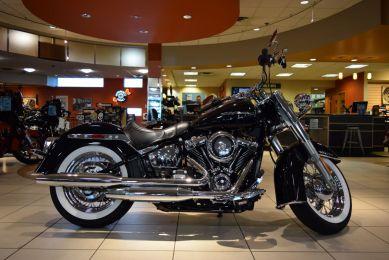2019 Harley-Davidson Softail Deluxe FLDE