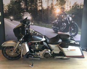 Harley Davidson Street Glide cvo 2019 stage 1
