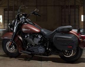 2018 Harley-Davidson FLHCS Softail Heritage Classic 114