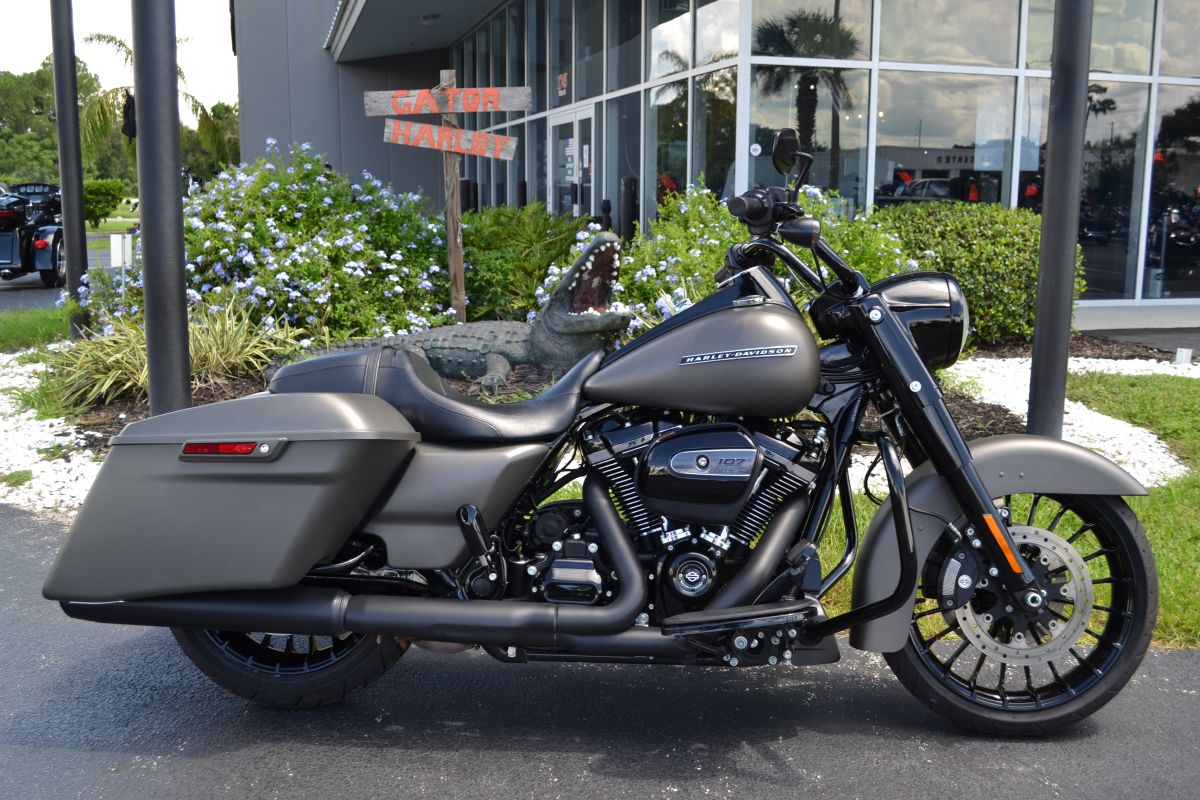 2018 Road King Special-FLHRX