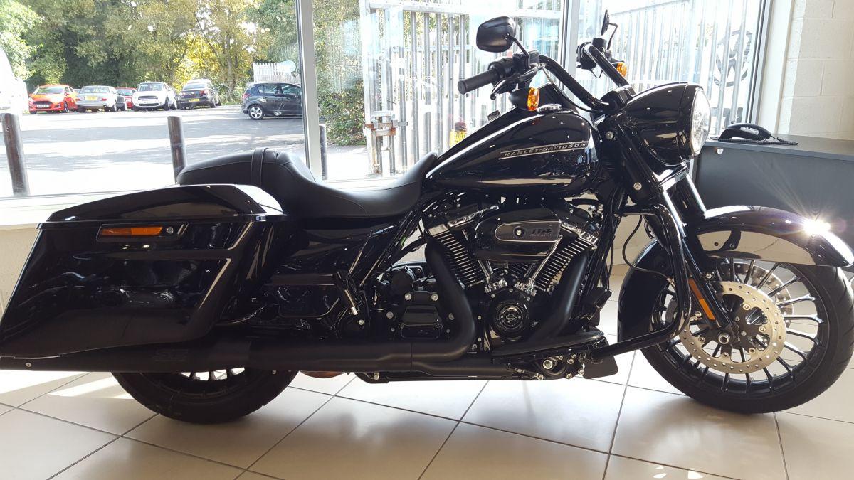 2019 Harley-Davidson Road King Special - REDUCED