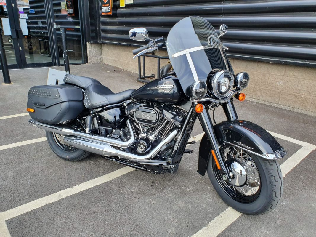 2019 Harley Davidson Softail FLHCS Heritage Classic 114