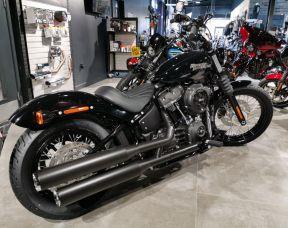 2020 Harley Davidson Softail Street Bob