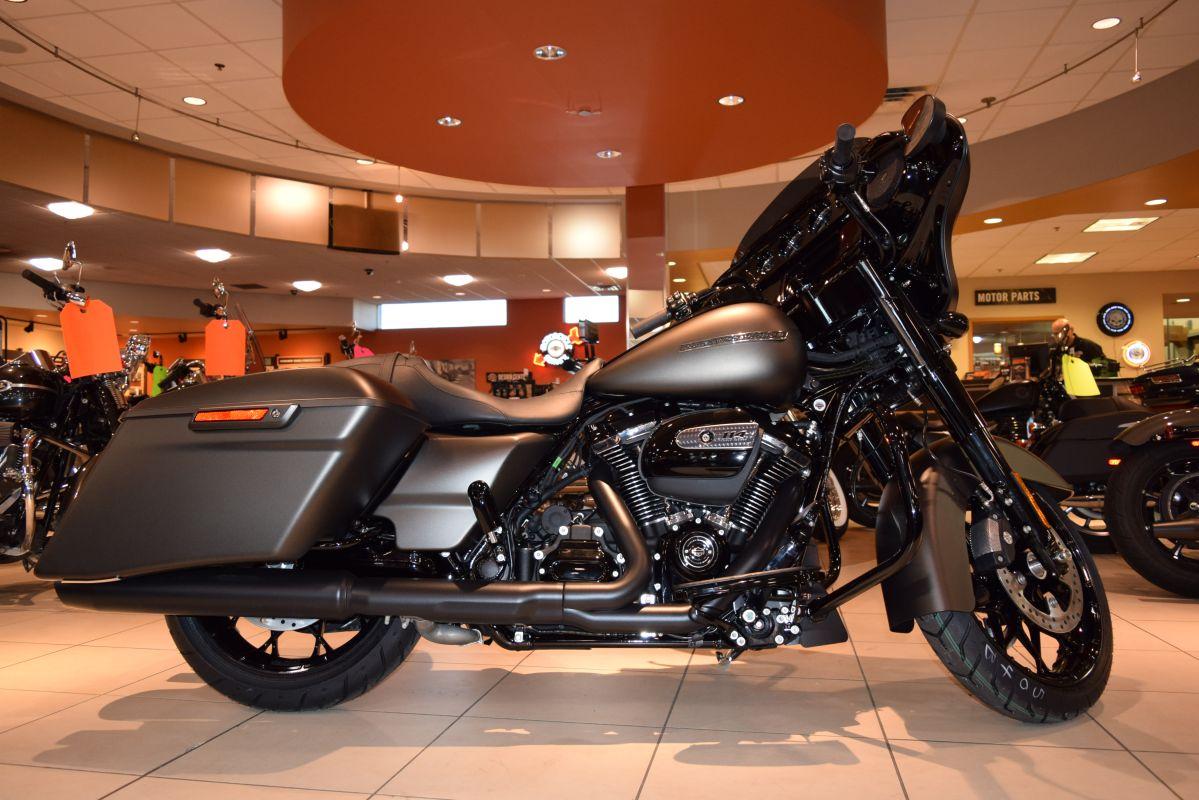 2020 Harley-Davidson Touring FLHXS Street Glide Special