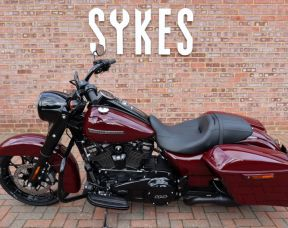 2020 Harley-Davidson FLHRXS Touring Road King Special in Billiard Red