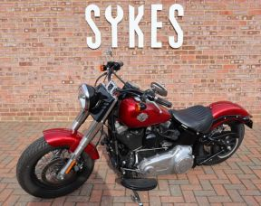 2012 Harley-Davidson Softail Slim, in Mysterious Red
