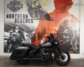 2017 Harley-Davidson Road King Special 107 (FLHRXS)