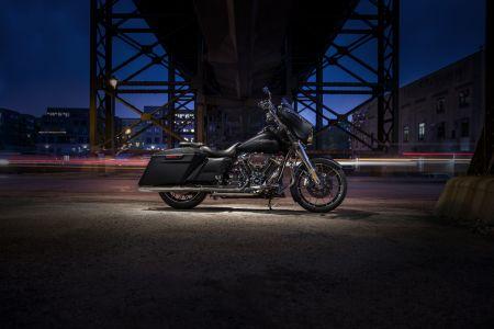 Harley-Davidson представя нов bagger стил с вдъхновяващи части и аксесоари