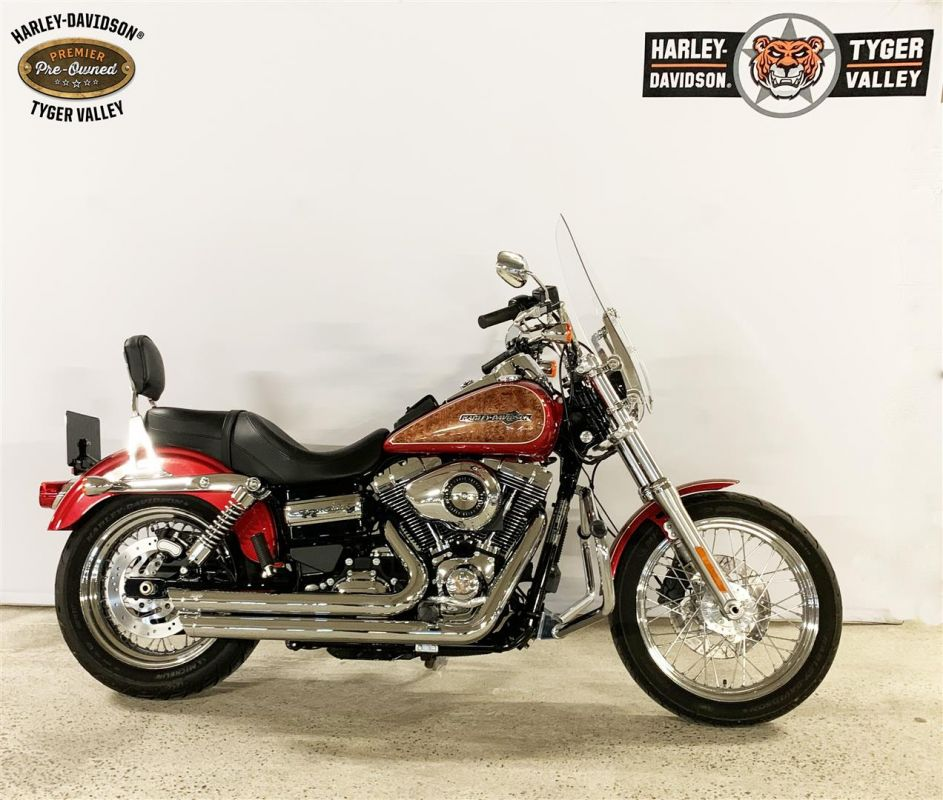 2013 Dyna® Super Glide Custom