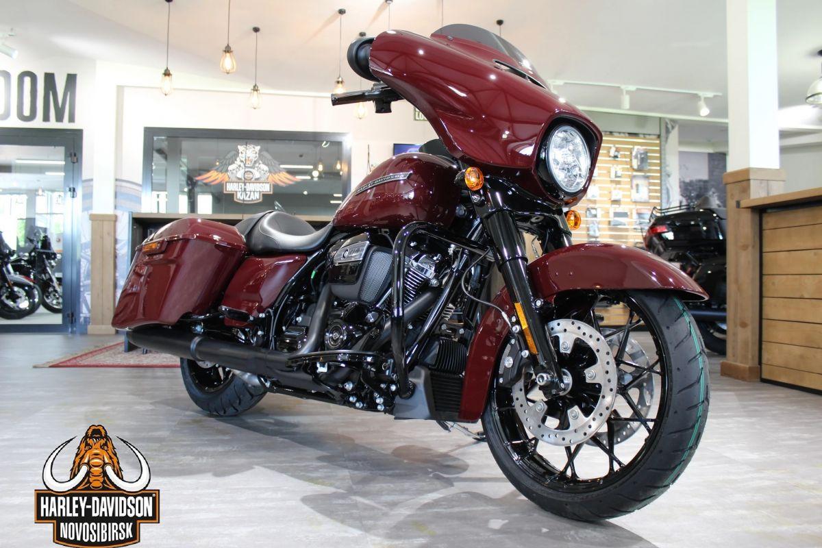 Harley-Davidson® Touring® Street Glide Special® 114