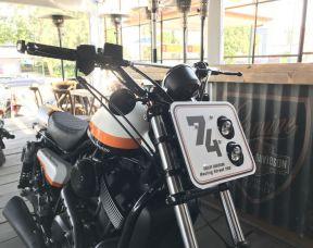 Street 750 Custom